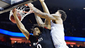 Watch: Kentucky's Willie Cauley-Stein Posterizes Quadri Moore With Dunk of Tourney