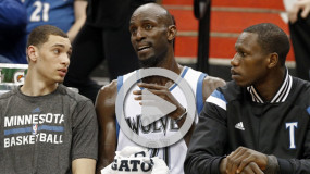 Watch: Garnett's Pre-Game Introduction, Chalk Clap, And Salute to Crowd in T-Wolves Return Debut