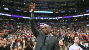 Former Knick Charles Oakley Questions Whether Melo Is a Superstar