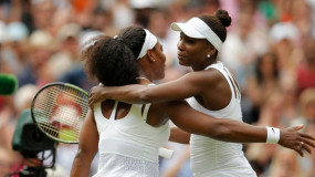 Serena Defeats Venus to Reach Wimbledon Quarter Finals