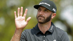 Dustin Johnson Hits Tee Shot Next to Parking Lot at Canadian Open