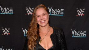 Rousey Teaming Up with The Rock for Wrestlemania 34?