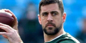 Aaron Rodgers Backs Andrew Luck, Says Fan Behavior Was Disgusting