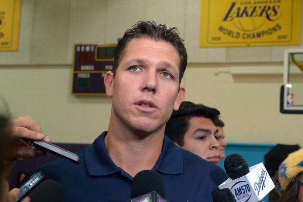walton-lakers