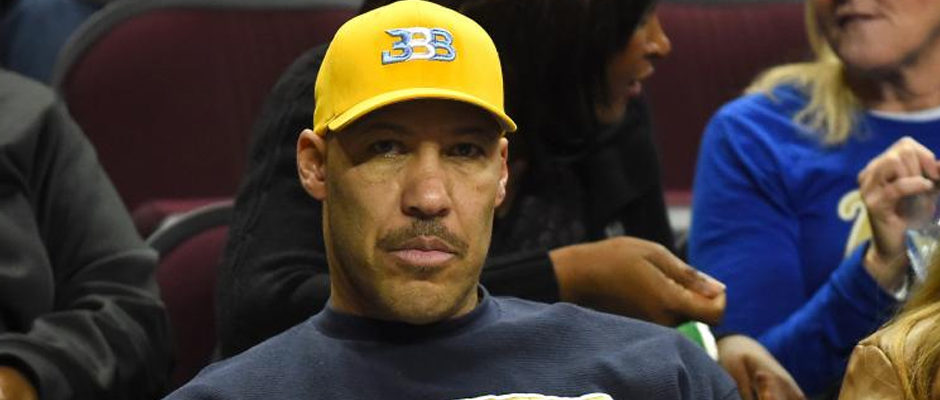So LaVar Ball Sent a Pair of Lonzo Ball's Signature Shoe to Donald Trump After All