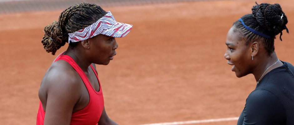 Serena, Venus Win Opening Doubles Match at Roland Garros