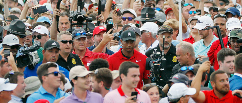 Tiger Woods Wins the Tour Championship