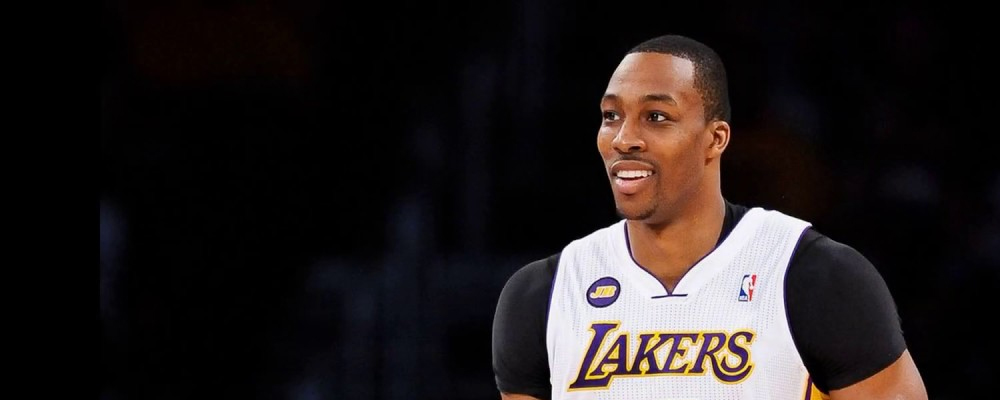 Dwight Howard Signs with the Lakers